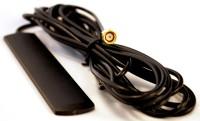 Компактная антенна на липком основании для крепления на стекле и других ровных поверхностях. Антенна оснащена кабелем длинной 3 м.