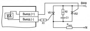 Схема подключения нагрузки к ВЭ типа «С» двух тиристоров, подключенных встречно-параллельно (R2=47… 68 Ом, С1=0.1мкф×630 В)